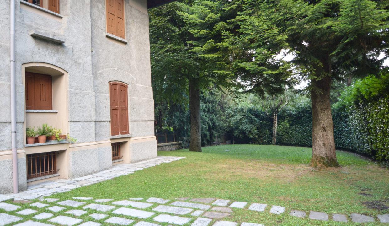 Bilocale via adua Magreglio19