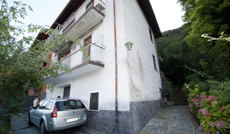 Villa via cairoli 32 Oliveto lario10