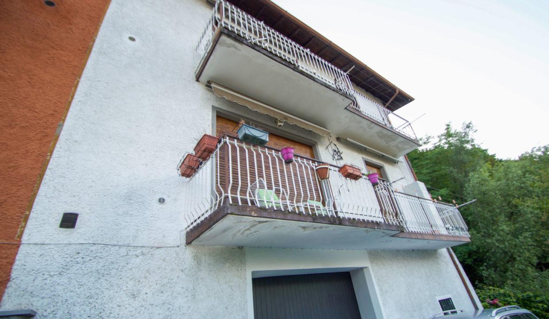 Villa via cairoli 32 Oliveto lario11