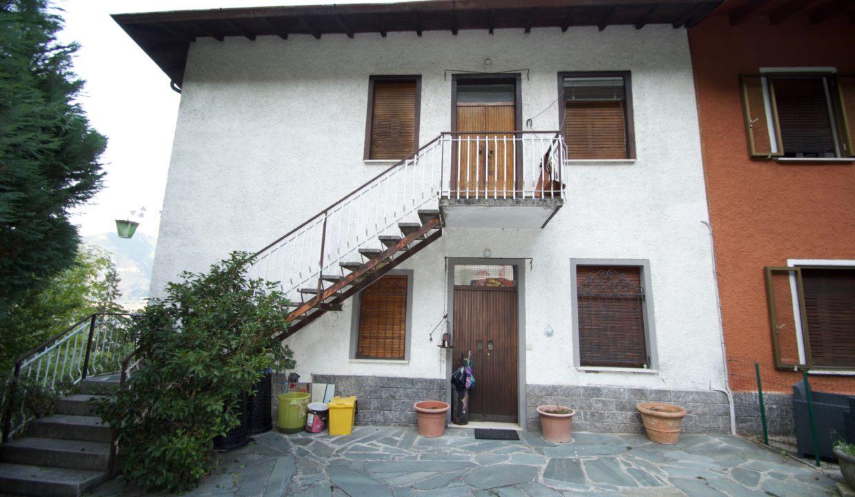 Villa via cairoli 32 Oliveto lario6