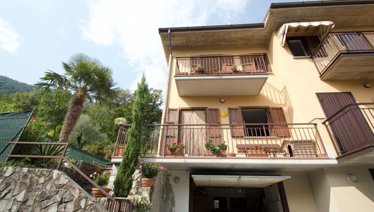 Villetta via privata della valle Oliveto Lario1