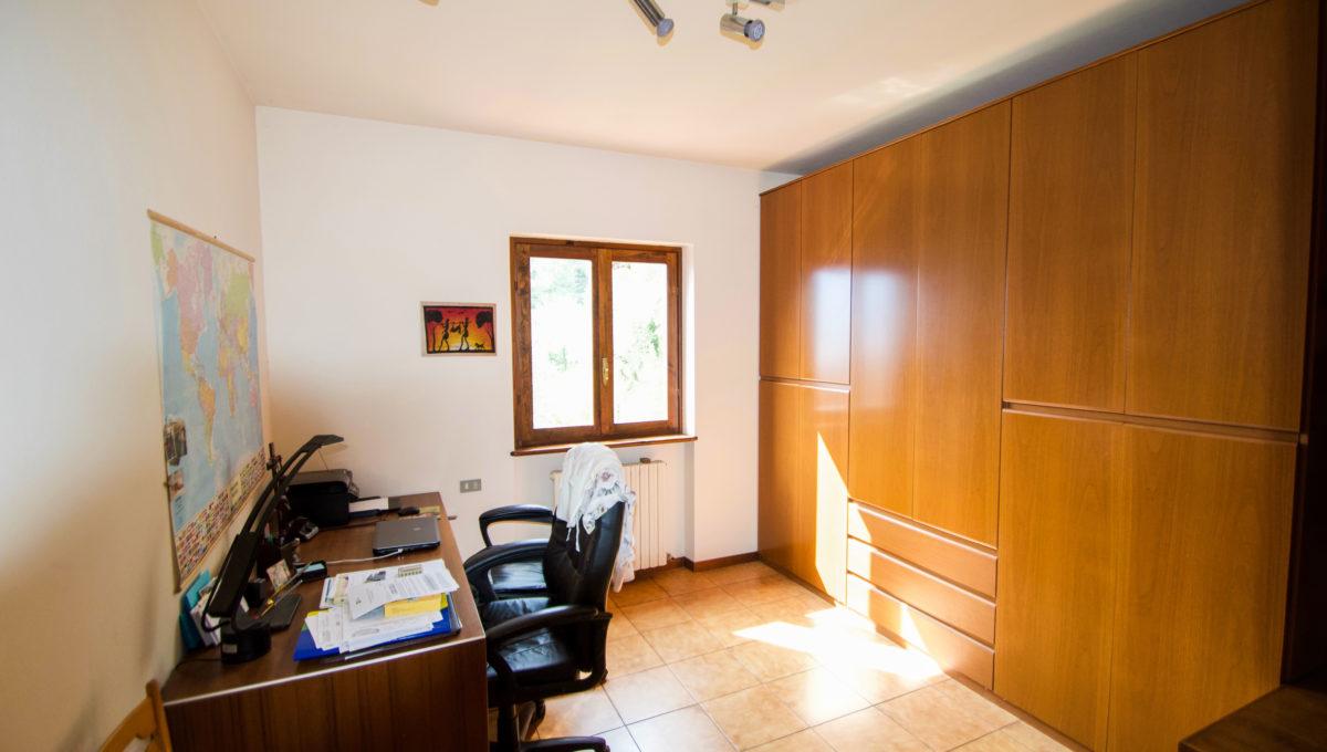 Villetta via privata della valle Oliveto Lario23