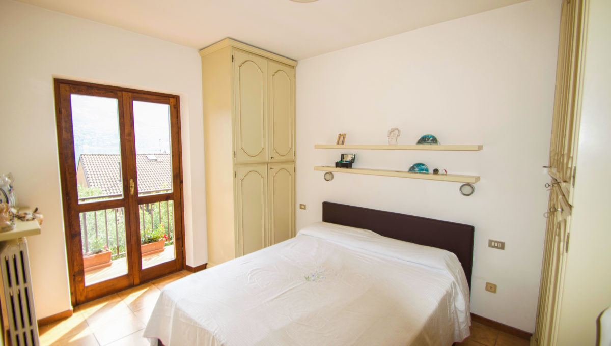 Villetta via privata della valle Oliveto Lario25