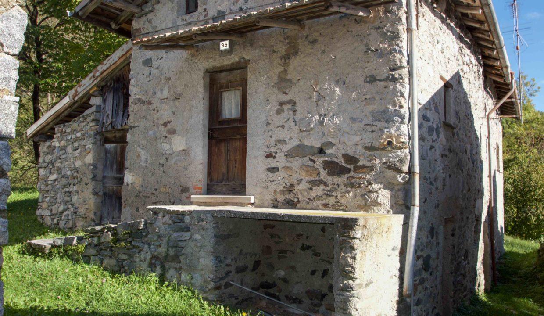 Rustico Bellagio Rovenza6