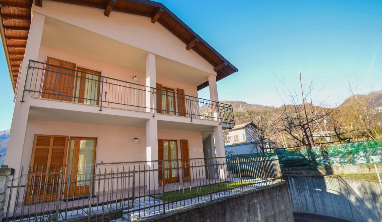 Villa Bifamigliare Gravedona16