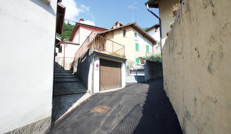Casa Indipendente Oliveto Lario0