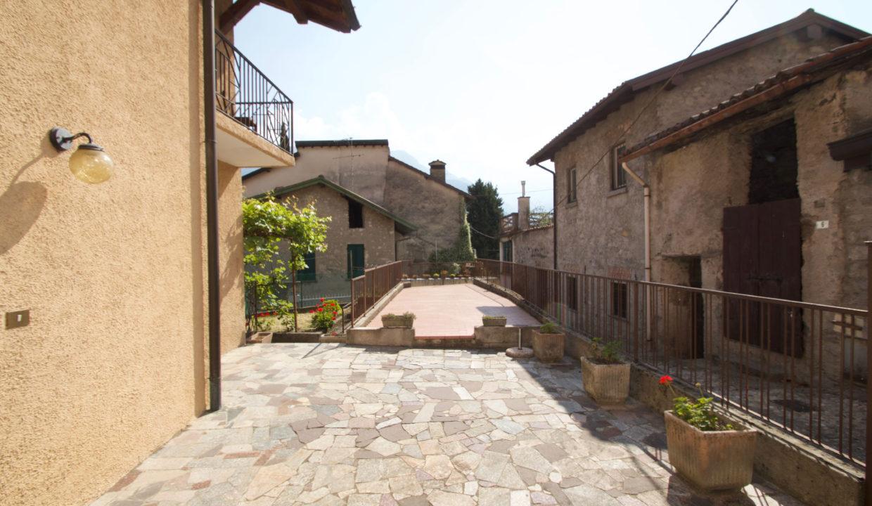 Casa Indipendente Oliveto Lario8