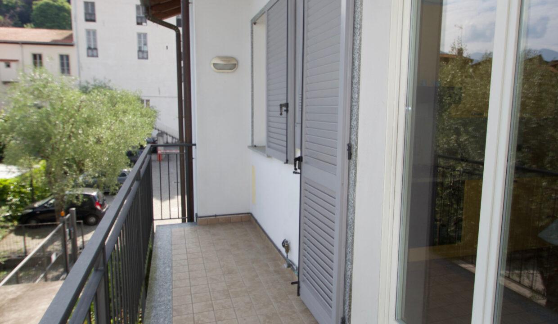 Bilocale con garage Bellagio13